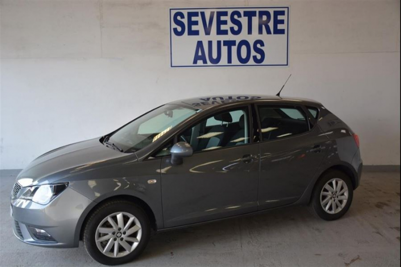 Seat IBIZA 1.6 TDI 105 STYLE 5P Diesel GRIS FONCE Occasion à vendre
